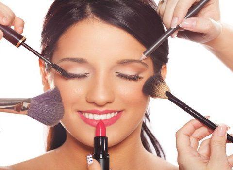 Maquillage de jour et maquillage de soir